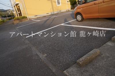 【駐車場】ベルデュール白羽C