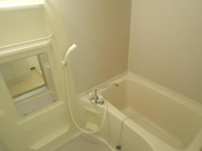 【浴室】ハイツ・リヴェルテ A棟
