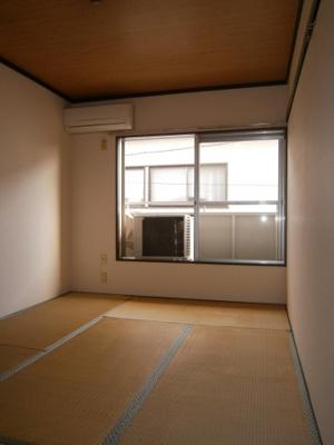ゆったりとくつろげる和室です。フェニックス
