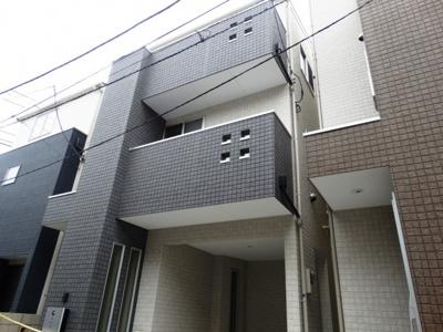 【外観】新宿戸建