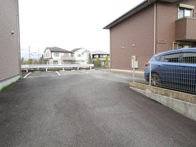 【駐車場】ハピネスサイノ