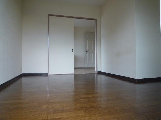【洋室】クレールコート安堂