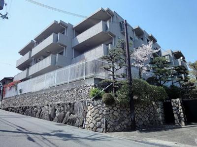 【外観】ファミーユ宝塚寿楽荘