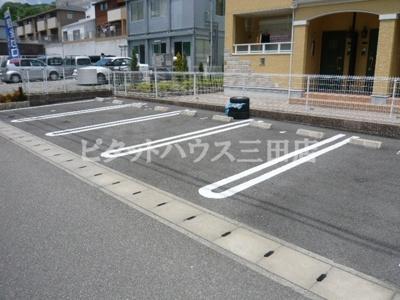 【駐車場】インテックス北神戸