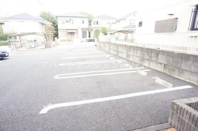 【駐車場】メゾン・ドゥ・ソレイユA