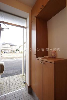 【玄関】ファミーユA