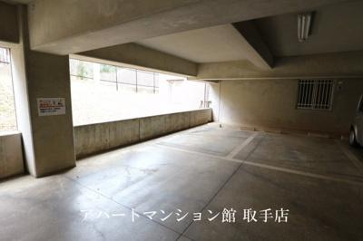 【駐車場】エクラット