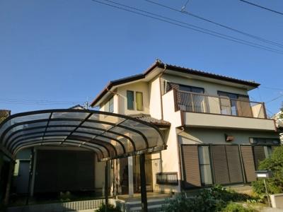 藤久良町 2階建て一軒屋 5ルーム トイレ・風呂別 駐車場1台込