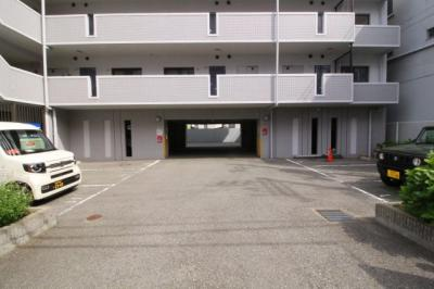 【駐車場】ハーモニープラザ