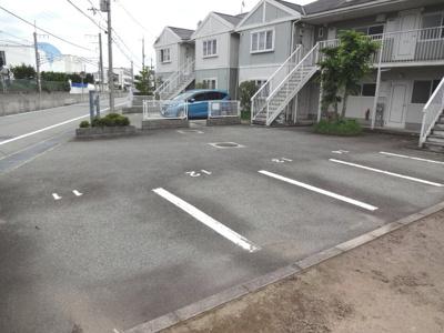 【駐車場】パークヒルズ三輪