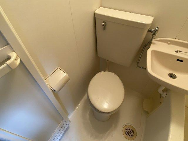 コンフォート本町 トイレ