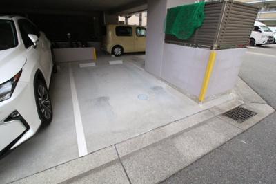 【駐車場】ラルーチェ新長田