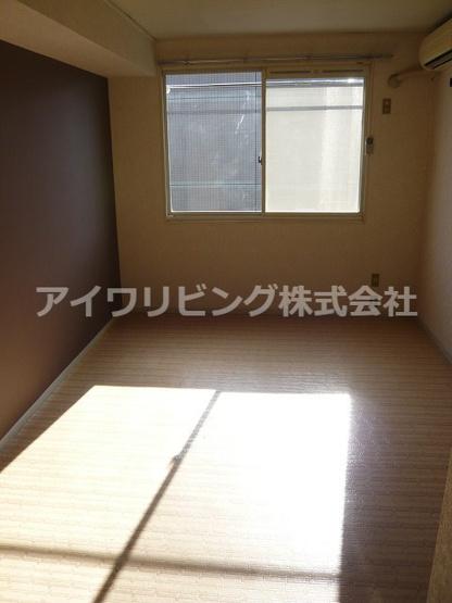 写真は203号室【メゾンドPOST】