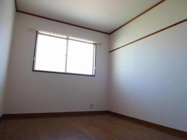 グレースリバー 洋室