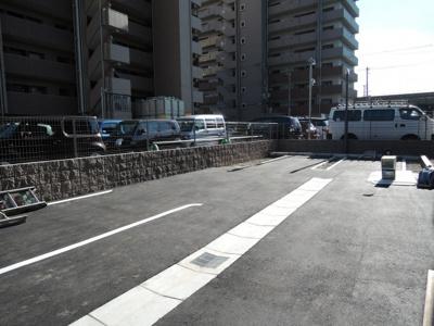 【駐車場】スペチアーレ桜ヶ丘