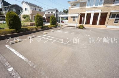 【駐車場】ペジーブル