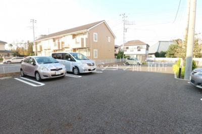 【駐車場】ル・レーヴⅡ