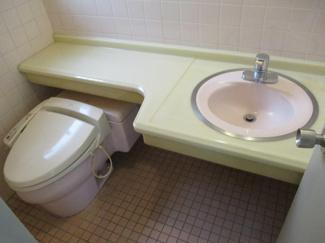 青山深見ビル 男性用トイレ ウォシュレット