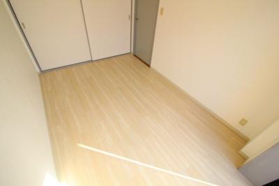 【寝室】ホップス板宿