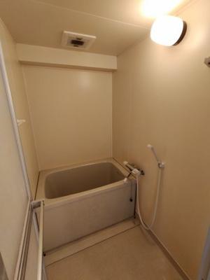 【浴室】デュエリングナガト