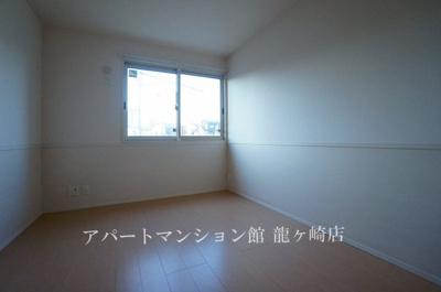【寝室】クレスト藤ヶ丘ⅢA棟
