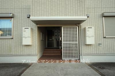 【エントランス】クレスト藤ヶ丘ⅢA棟