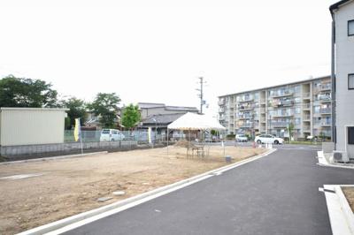 【前面道路含む現地写真】クロワールタウン加守町 自由設計 新築一戸建て 岸和田市加守町