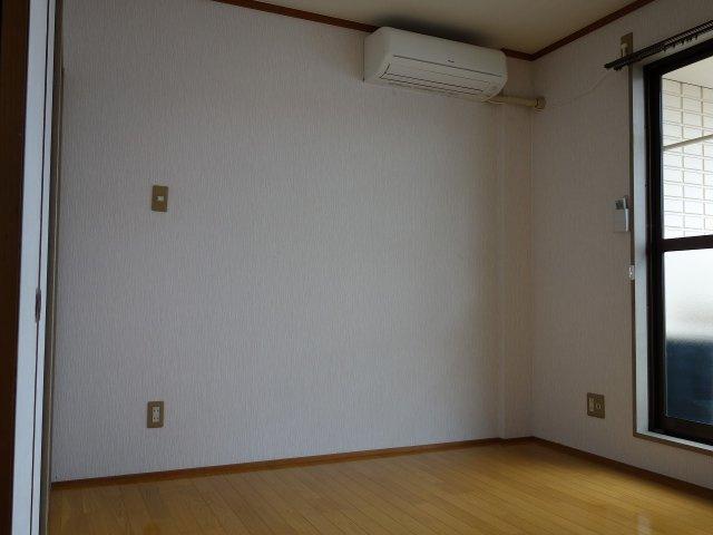 居村マンション 洋室
