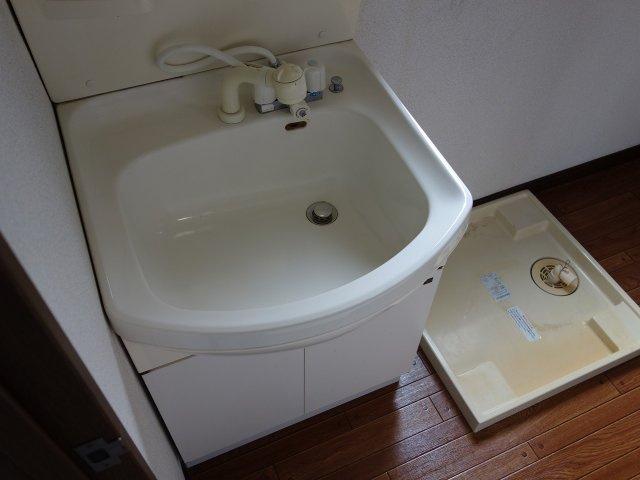 居村マンション 独立洗面台