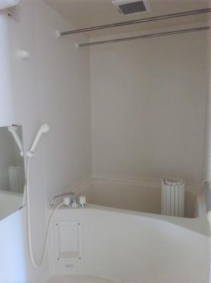 【浴室】ロイヤルヒルズ大沢川原