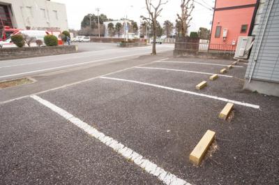 【駐車場】グランディハイツ