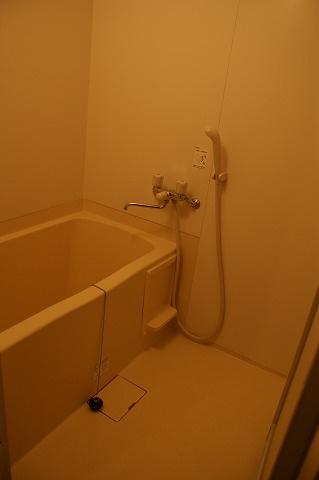 デザイナーズWANARI(わなり) バスルーム