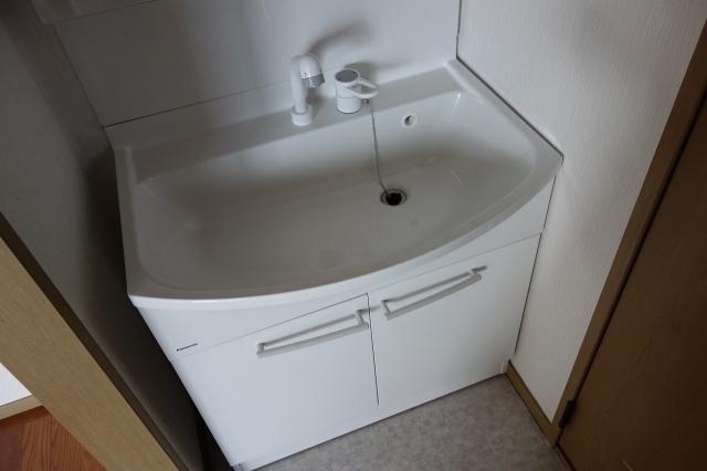 サンライフアオキ3 独立洗面台 シャンプードレッサー