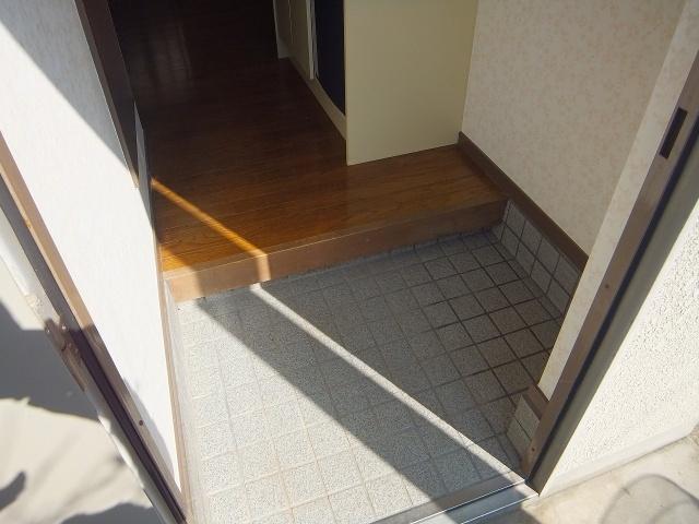 【玄関】ブルーローズハウス
