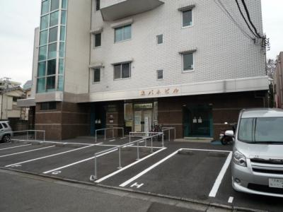 【外観】トウパネビル駐車場
