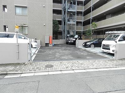 【駐車場】クラッサ目黒かむろ坂
