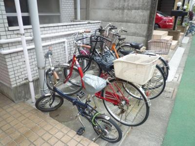 共用駐輪スペースです。