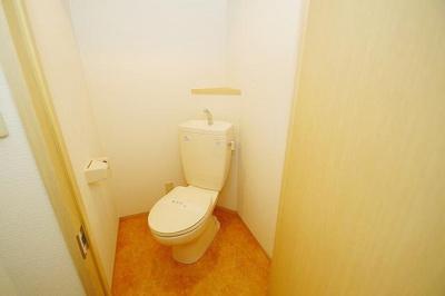 セイスピノス(1DK+ロフト) トイレ
