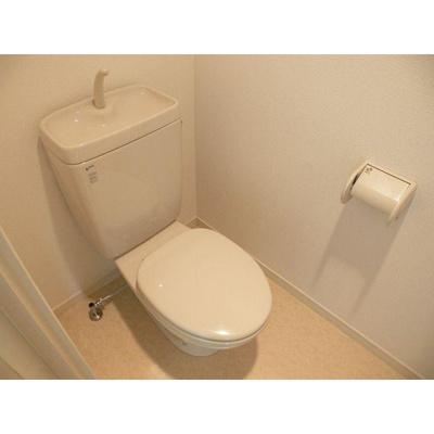 レキシントン・スクエア白金(1DK) トイレ