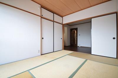 グランヴィスタ寺塚(3LDK) 和室