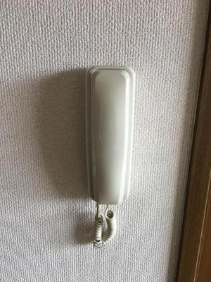 【玄関】シャルマン城西