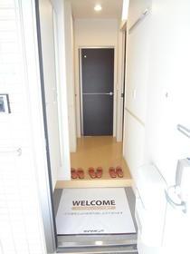【玄関】エレーナ