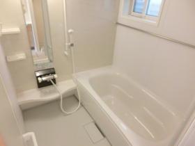 【浴室】エレーナ