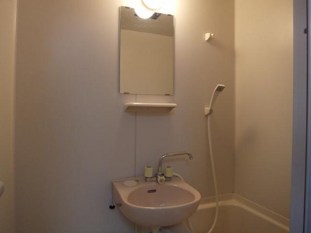 竹弘ビル 洗面鏡