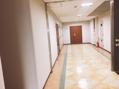 【エントランス】フェニ―チェ堺の隣!23.96坪! 事務所