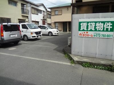 池田市神田3丁目月極駐車場☆中村駐車場
