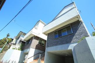 世田谷区松原5丁目新築一戸建て7280万円外観2