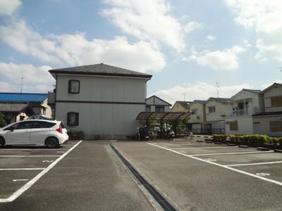 多田壱番館駐車場