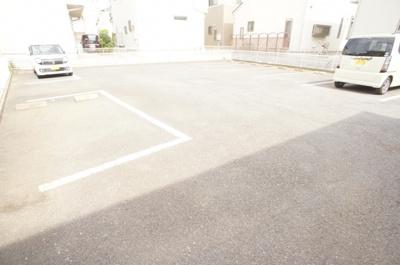 【駐車場】セゾンヴィラ