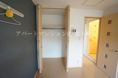 【寝室】メゾンプリーク